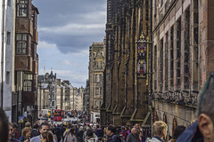 The Royal Mile (Ignacio M. Jiménez) Tags: royalmile ignaciomjiménez fotografiacallejera streetphotography gente people edinburgh edimburgo escocia scotland