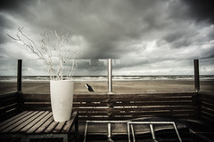 3302 (Elke Kulhawy) Tags: scheveningen netherland holland meer beach strand wasser water himmel sky color dream light wolken clouds surreal