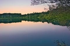 See bei Karlsruhe (MHikeBike) Tags: see landschaft abend sonnenuntergang sunset farbig himmel wasser boote büsche wald rheinebene rhein lake landscape eve coloured sky water