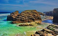 Playa de las Catedrales (juanmzgz) Tags: playadelascatedrales mariñalucense ribadeo lugo galicia españa paisaje costa acantilado mar playa marea rocas