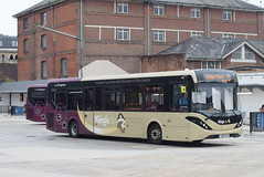 SS 37407 @ Winchester bus station (ianjpoole) Tags: stagecoach south alexander dennis enviro 200mmc yx65pxz 37407 working route 5 winchester bus station elder close badger farm