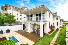 James Pratt Auction Group, Auction in Sydney (JamesPrattAuctions) Tags: sydney australia nsw realestate realty jamespratt jpa jamesprattauctions auctions auctioneer picoftheday home house architecture archi style modern luxury