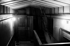 Passageway (Crawford Brian) Tags: franklloydwright flw oakpark illinois home nationalregisterofhistoricplaces nrhp landmark building interior film kodak tmax3200 nikonfm analog monochrome blackandwhite bw franklloydwrighttrust