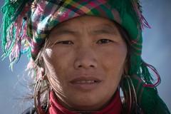 Flower Hmong (aniawagner) Tags: flowerhmong sapa mountains bergvolk bergvölker minority vietnam portrait