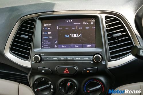 2019-Hyundai-Santro-16