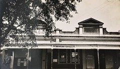 The Union Bank of Australia Ltd in Childers, Qld - 1920s (Aussie~mobs) Tags: vintage queensland australia 1920s childers bank unionbankofaustralialtd building premises aussiemobs