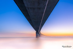 under the bridge (Nicolas Reggiani) Tags: longexposure ilederé bridge pont pose longue sunrise