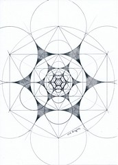 20180905_0001 (regolo54) Tags: geometry symmetry fractal mathart handmade regolo54 circle disk