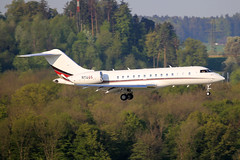 Untitled (NetJets)  Bombardier Global 5000 (BD-700-1A11) N116QS (M. Oertle) Tags: untitled netjets bombardier global 5000 bd7001a11 n116qs