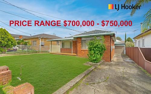 11 Marlborough St, Fairfield Heights NSW 2165