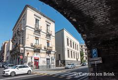 Catania (10b travelling / Carsten ten Brink) Tags: carstentenbrink 2018 catania etna europa europe iptcbasic italia italian italie italien italy sicily arch cmtb