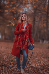 - Masha y el otoño (by Pedro Rojas) Tags: bypedrorojas moscow moscu photo msk мск москва photography photograph city russian russia girl russiangirl rusa woman portrait sigma nikon nikond750 d750 art sigmaart sigma85 85mm sigma85mm 14 sigma85mm14 sigma85mm14art 85mm14 lens14 lens85mm14