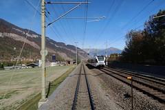 RhB/SBB Chur - Haldenstein (Kecko) Tags: 2018 kecko swiss switzerland schweiz suisse svizzera graubünden graubuenden chur masans gr rhätischebahn rhaetian railway railroad bahn viafierretica rhb sbb gleis track eisenbahn zug train s12 thurbo stadler gtw europe rheintalbild swissphoto geotagged geo:lat=46867500 geo:lon=9532080
