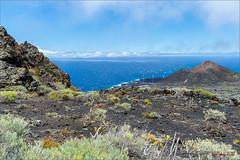 Vulkanisch La Palma (Hans van Bockel) Tags: 1680mm d7200 hansvanbockel lapalma lightroom nikkor nikon oceaan vakantie isladelapalma canarias spanje es vulkaan vulkanisch krater lava teneguía uitbarsting vruchtbaar windmolens plàza cabras