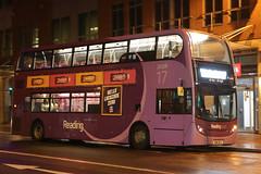 SN61 BCX, Friar Street, Reading, March 19th 2017 (Southsea_Matt) Tags: sn61bcx 226 route17 alexanderdennis enviro400 e400 friarstreet reading berkshire england unitedkingdom march 2017 spring bus omnibus publictransport passengertravel vehicle nightbus nightshot purple