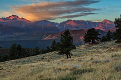 Rocky Mountain Sunrise (chasingthelight10) Tags: photography events travel landscapes mountains colorado places rockymountainnationalpark spraguelake lakes rockymountainelk things horseshoepark dreamlake bearlake morainepark emeraldlake trailridgeroad forests foliage sunrise autumn otherkeywords aspens trees wildlife estespark neversummerrange