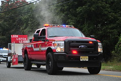 Closter Fire Department Knickerbocker Hook and Ladder Company Utility 787 (Triborough) Tags: nj newjersey bergencounty oldtappan cfd closterfiredepartment firetruck fireengine utility utility787 ford fseries f350