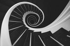 Staircase XXI (chris-tik) Tags: bw schwarzweiss sw stairs staircase stairway stairwell stair steps treppenhaus treppe treppen stufen spiral escala escalera
