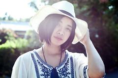 20181010-DSC_8565 (toy5233) Tags: 逆光 女孩 白色 可愛 美女 girl lady beauty light white