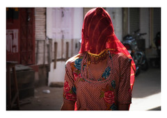 the beauty of anonymity (handheld-films) Tags: india street portrait portraiture woman women red sari evening indian subcontinent travel rajasthan
