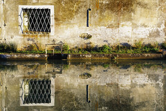 Reflets // Reflection (erichudson78) Tags: france occitanie castelnaudary eau water reflection reflets canaldumidi canonef24105mmf4lisusm canoneos6d
