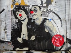 Graff in Berlin - Mimi le Clown (brigraff) Tags: streetart collage pastedpaper pasteup wheatpast berlin mimileclown brigraff mickjagger