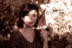 Memory (Un instant.) Tags: pentacon bokeh woman autumn 29mm 28 octobre