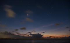 DSCF2199 (Elmo Flem) Tags: fuji fujixt2 xt2 bali beach lonelyspeck night nightlight astrophotographie longexposure pauselongue moon lune plage nocturne nocturnes orion wave