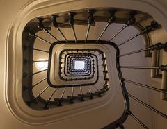 Parisian stairs / Парижские лестницы (dmilokt) Tags: город city town dmilokt лестница stairs nikon d750 paris париж
