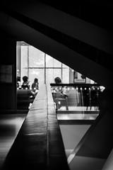 Brunch @TheDM (Solène.CB) Tags: brunch museum musée designmuseum london londres lines lignes shapes formes d shadow light ombre lumière cafe café solènecb canoneos70d bw nb