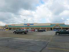 Kmart Super Center, Warren, OH (9) (Ryan busman_49) Tags: kmart warren oh ohio supercenter superk discount retail grocery closed