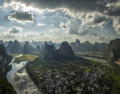 Xingping dream. (Gregory Michiels Photography) Tags: mountain hill hills peak valley ridge landscape scenic hiking xingping yangshuo guangxi china karst laozhai river dramatic explore travel discover asia panorama ebook guide dreamy clouds photography