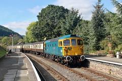 33102, Glyndyfrdwy, Llangollen Railway, 29th. September 2018. (Crewcastrian) Tags: 33102 glyndyfrdwy llangollenrailway preservation transport trains railways brcw diesel locomotive class33