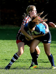 12qwx_R.Varadi (Robi33) Tags: action ball birds ballsports basel championship ei field game rugby power match fight gameplay sports women switzerland referees team viewers turnier