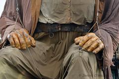 Giants hands (James O'Hanlon) Tags: giants giant liverpool spectacular liverpoolspectacular liverpoolsdream dream liverpools 3 3giants threegiants new brighton newbrighton wirral beach fortperchrock royal de luxe royaldeluxe jeanluc courcoult jeanluccourcoult dog walk drink