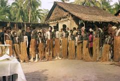 Album1-57-023b (Stichting Papua Erfgoed) Tags: stichtingpapuaerfgoed papuaheritagefoundation nederlandsnieuwguinea papua irianjaya irianbarat anthonyvankampen pace