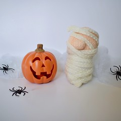 Mummy (Knitting patterns by Amanda Berry) Tags: halloween knitting knits knit doll decoration ornament mummy bandages toys toy october knitted makes make crafts crafting crafters knitters ravelry