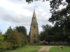 St Mary the Virgin Church, Broughton, Oxfordshire, Sep 2018 (allanmaciver) Tags: st mary virgin england anglican spire trees hidden broughton castle cows rural country windows old historic allanmaciver