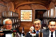 MANOVRE ECONOMICHE (@LuPe) Tags: piazzapulita spread mercati mercato troika juncker draghi dijsselbloem rating finanza governo italia deficit pil austherity rigore vino wine ue cantina