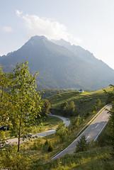 A summer evening view of Bavarian Alps (HansPermana) Tags: bayern bavaria southerngermany süddeutschland eu europe europa august 2018 summer sommer alps alpen mountain nature landscape