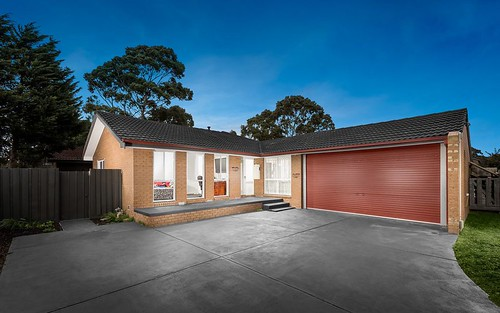 32 Coventry Cr, Mill Park VIC 3082