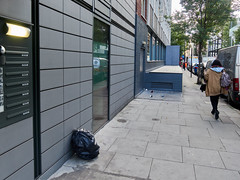 Whitfield Street. 20181011T07-36-37Z (fitzrovialitter) Tags: bloomsburyward england fitzrovia gbr geo:lat=5152240000 geo:lon=013751000 geotagged unitedkingdom peterfoster fitzrovialitter city camden westminster streets urban street environment london streetphotography documentary authenticstreet reportage photojournalism editorial daybyday journal diary captureone olympusem1markii mzuiko 1240mmpro microfourthirds mft m43 μ43 μft ultragpslogger geosetter exiftool rubbish litter dumping flytipping trash garbage