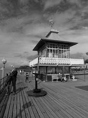 Clevedon Pier (Dubris) Tags: england somerset clevedon clevedonpier seaside coast bw monochrome