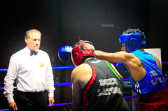 26571 - Hook (Diego Rosato) Tags: boxe boxing pugilato boxelatina match incontro ring nikon d700 2470mm tamron rawtherapee referee arbitro hook gancio pugno punch