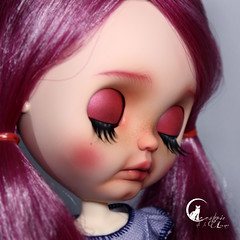 "#86 Blythe Custom prima Dolly Violet • <a style=""font-size:0.8em;"" href=""http://www.flickr.com/photos/21011876@N05/44759678822/"" target=""_blank"">View on Flickr</a>"