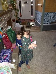 IMG_20181106_183644715 (ce_doit_etre) Tags: 2018 hazel birthday 7thbirthday mountainview bellamy livingroom