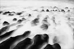 F_MG_5949-1-BW-1-Canon 6DII-Tamron 28-300mm-May Lee 廖藹淳 (May-margy) Tags: maymargy rocks erosion shoreline seascape ocean waves multipleexposure 岩石 溶蝕 海岸線 海景 海洋 海浪 冬重曝光 線條造型與光影 linesformandlightandshadow 直線 圓弧 lines curves 天馬行空鏡頭的異想世界 mylensandmyimagination 心象意象與影像 naturalcoincidencethrumylens 新北市 台灣 中華民國 taiwan repofchina fmg59512bw2 blur bokeh newtaipeicity canon6dii tamron28300mm maylee廖藹淳 模糊 散景 人生