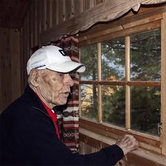 Gammel mann -|- Old man (erlingsi) Tags: erlingsi iphone erlingsivertsen ragnar man mann old