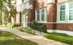 wcowley_Porter_architecture2 (wctres) Tags: pittsburg state university gorillas kansas college shade brick art department campus old building architecture porter