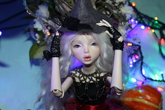 IMG_6148 (miamiael) Tags: halloween cats lights witch beauty nofilters dollchateauisabel isabel dcisabel dc bjd balljointeddolls dollchateau dollchateaudoll abjd бжд кукла шарнирнаякукла dcdoll dcbjd autumn осень toy иов october pumpkin